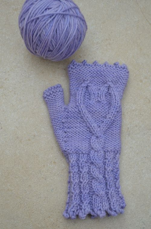 Lavender Blue Mitts